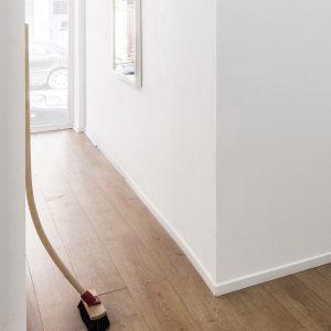 Roeland Tweelinckx: 'Adaptability of an abandoned broom' (2013)